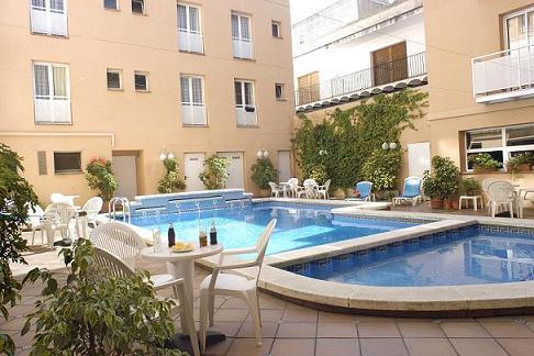 Отель 3* на побережье Коста Брава, Испания