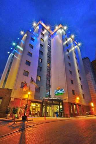 hotel_in_croydon-p1-1