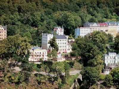 Prodawa_Spa_-_otelq_v_centre_goroda-kurorta_Karlovy_Vary_html_6b1c7cea