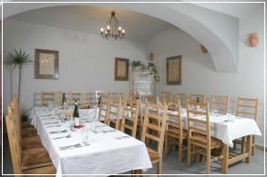 Prodawa_restorana_posle_remonta__Praga_1_html_m2df2587a