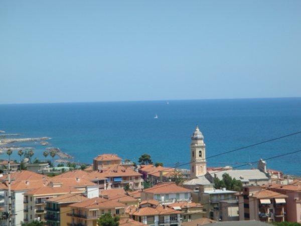 en_casa-bella-vista-in-riva-ligure_f_3_600_1[1]