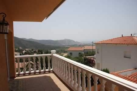 dom_v_ispanii_001